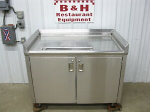 48 Stainless Steel Table Beverage Station Heavy Duty 2 Door Cabinet 4 X 2
