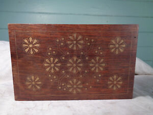 Decorative Wooden Box Fancy Daisy Look Brass Inlay Solid Wood Older Vintage
