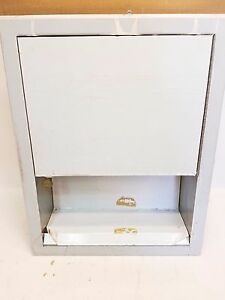 Stainless Steel Recessed Paper Towel Dispenser Multi fold Or C fold Towels