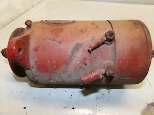 International Farmall Wd6 Tractor Generator Untested