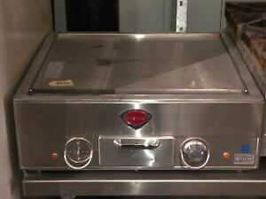 Wells G 13 Electric Countertop Griddle 22 Wide