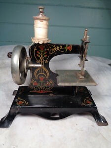 Antique Tin Tole Stencil Painted Miniature Child S Sewing Machine Toy Germany