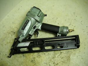 Hitachi Nt65ma4 s 15 gauge Angled Finish Nailer Works Great