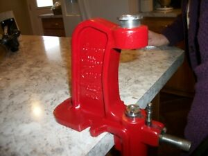Lyman All American Comet Reloading Press