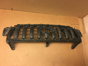 2001 2002 2003 2004 Toyota Tacoma Inner Front Grille 53114 04010