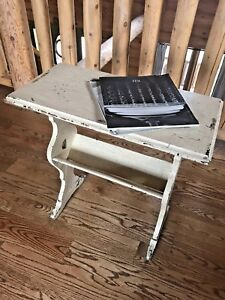 Vintage French Style Painted Wood End Side Bookside Table