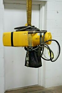 Used Yale 1 2 Ton Used Electric Chain Hoist Kel 1 2 10th15s1 230 460 3ph 18ft