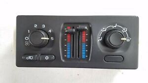 02 06 Chevy Trailblazer Envoy A C Heater Temperature Control Ac 15136888