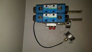 Vickers Directional Control Valve Assy W Gauges Hydraulic Block