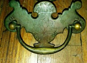Antique Chippendale Chase Floral Etched Brass Drawer Pull 3 Cntr 1