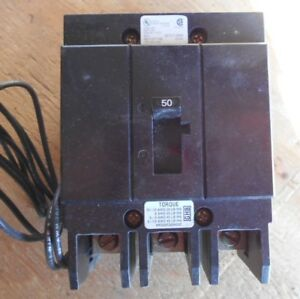 Cutler Hammer Ghb3050s1 3 Pole 50 Amp 277 480v Circuit Breaker With Shunt Trip