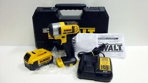 Dewalt Dcf880 Cordless Impact Wrench 1 2 Drive Battery Charger Case Used