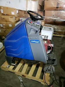 Windsor Chariot Iscrub 20 Ride on Floor Scrubber With Batteries