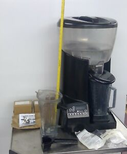 Vitamix Corp Commercial Food Preparing Machine Vmo126 Ice Crusher