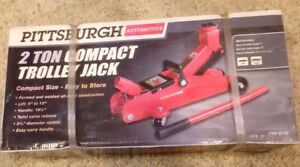 Pittsburgh Automotive 2 Ton Low Profile Compact Trolly Jack New In Box