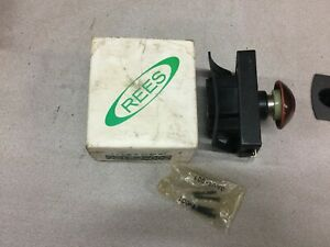 New In Box Rees Mushroom Push Button Latched 02182 002