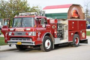 Mobile Brick oven pizza Fire Truck Wood fired Food Concession Trailer Bbq Smoker