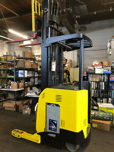 Hyster Forklift Stand up With Reach Out 24v