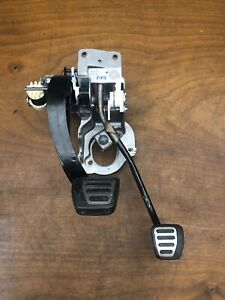 2018 Chevrolet Camaro Ss 1le 6 Speed Manual Clutch Brake Pedal Assembly