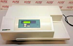 Molecular Devices Versamax Absorbance Microplate Reader
