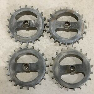 Set Of 4 Allis Chalmers Planter Bean Soybean Seed Plates 610992 Used