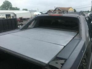 2005 Chevrolet Avalanche 1500 3 Piece Bed Tonneau Hard Top Cover