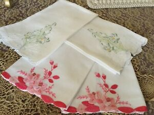 4 Vintage Linen Guest Hand Towels Embroidered Lilies Roses Appliques