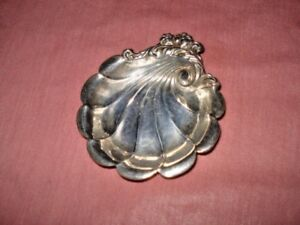 Lunt Eloquence Sterling Silver Shell Dish
