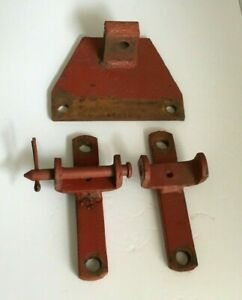 Farmall H Cultivator Mounts And Center Bracket