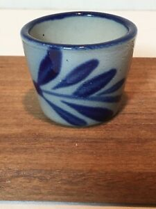 Stoneware Salt Glaze Crock With Blue Cobalt Decorative Markings