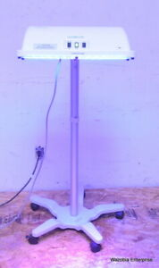 Natus Neoblue Led Phototherapy Variable Height Roll Stand Vhrs