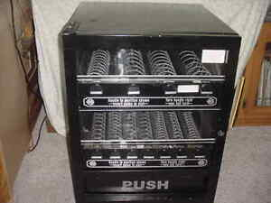 Table Counter Top Mechanical Snack Vending Machine 2 tier 11 item Good Cond Used