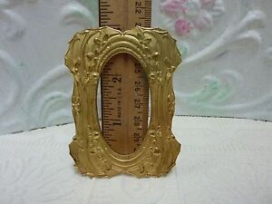Vintage Victorian Style Raw Brass Picture Frame 2 3 8 X 3 1 8 Scrapbooking