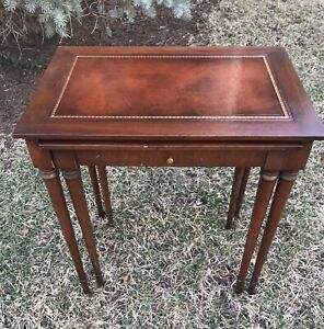Vintage Set Of 2 Mahogany Federal Style Leather Top Nesting Tables