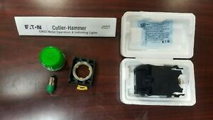 Eaton Cutler Hammer Em22h3x444 Green Led Push Button With E22tl1 Transformer