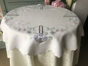 Antique Vintage 1950s White Linen Floral Flowers Embroidered Square Table Cloth