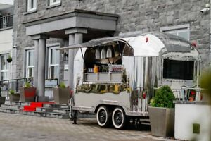 Airstream Mobile Catering Trailer Suitable For Burger Coffee Gin Prosecco Pizza