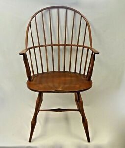 David T Smith Handmade Museum Quality Windsor Arm Chair Solid Sturdy 1985