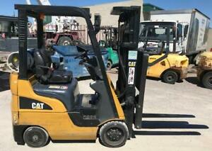 2010 Cat 2c3000 Forklift 3 Stage Mast W Side Shift Lpg 2 500lb Capacity