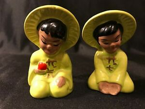 Vintage Japanese Salt Pepper Shaker Set Hand Painted Boy And Girl In Green