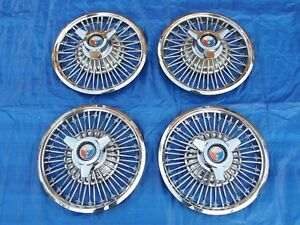 Pretty Set Of 1964 Ford Galaxie Mustang 14 Inch Spinner Hubcaps Wheelcovers