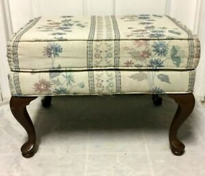Vintage Wooden Queen Anne Legs Bench Floral Upholstered Seat Bench Nice