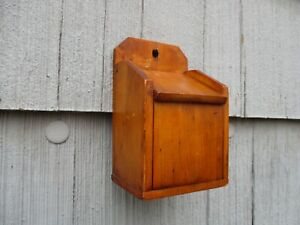 Vintage Ca 1920 1930 S Primitive Hand Made Maple Hanging Wall Salt Box