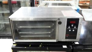 Used Wisco 616a Countertop Convection Oven