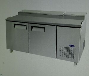 Atosa Mpf8202gr 67 refrigerated Pizza Prep Table