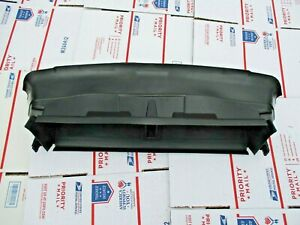 2012 2014 Ford Focus St Front Bumper Radiator Deflector Air Duct Bracket Oem