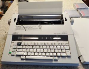 Brother Electronic Typewriter Ax 15 In Original Box With 3 Ink Cartridges Incl