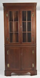 High Quality Mahogany Chippendale Style Corner Cabinet With 12 Glass Panels