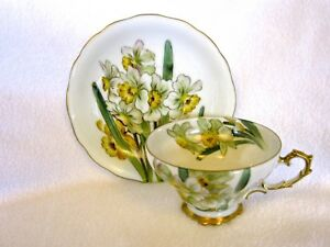 Chubu China Hand Painted Cherry Exclusive Teacup And Saucer Daffodils
