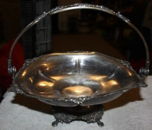 Derby Silver Co 1011 Quadruple Plate Ornate Antique Basket